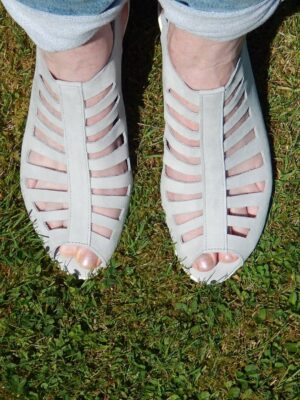 Arche: soft grey nu-buck slatted sandals  Homepage DSCN1793 rotated 300x400