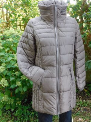 Soya Concept: taupe fitted puffa coat