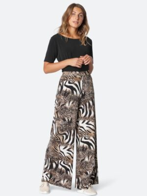 Ilse Jacobsen: cream and black print palazzo pants  Homepage SOUL6246ANIMA 218 300 medium 300x400