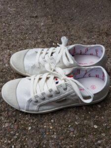 Les Tropeziennes shoes at last surbiton les tropeziennes: white canvas lace-up pumps Les Tropeziennes: white canvas lace-up pumps 20210712 123432 225x300