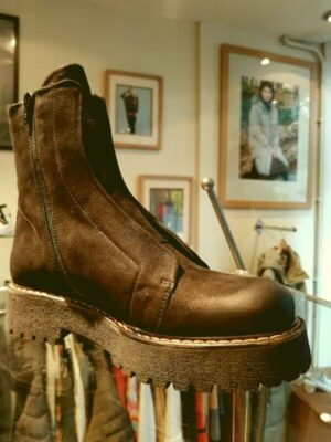Patrizia Bonfanti: black nubuck leather ankle boot homepage Homepage 20210914 130106 scaled everglow 300x400