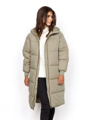 Soya Concept: pale green puffa coat